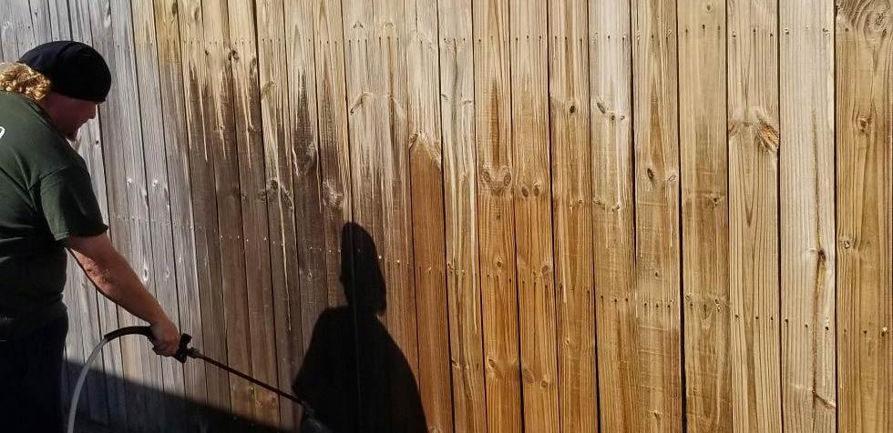 Fence Staining Jacksonville 3